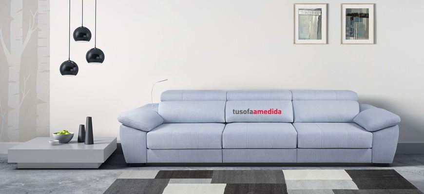 Excelente sofá ideal para disfrutar de sus asientos de largo recorrido y sus cabezales abatibles...no sabrás si estás en el sofá o en un chill out.