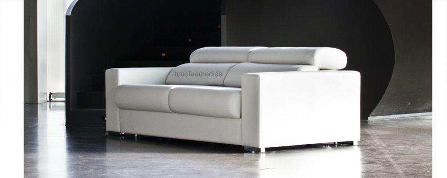 Sofá cama con sistema de apertura italiana con colchón XL alto 16 cm. para un descanso perfecto. Nos adaptamos a las medidas de tu salón.