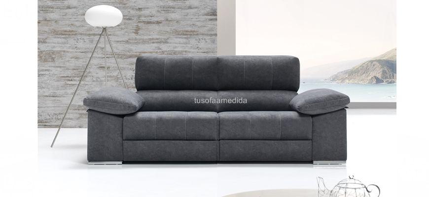 Si buscas un sofá relax motor cómodo y de calidad el Boracay no te defraudará. Puedes elegir el número de asientos y el tamaño de los mismos y además los cabezales son abatibles.