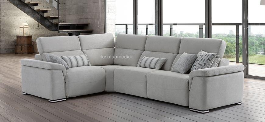 Si buscas un sofá rinconera con relax motor tapizado en tela de calidad o piel natural el sofá Cancún es una buena opción. Diseño y confort en tu hogar.