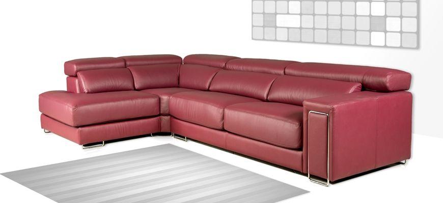 Si dispones de un espacio limitado y buscas un sofá rinconera, el módulo rincón chaise longue te dará más amplitud que un chaise longue tradicional y sus respaldos te permitirán apoyar la espalda.