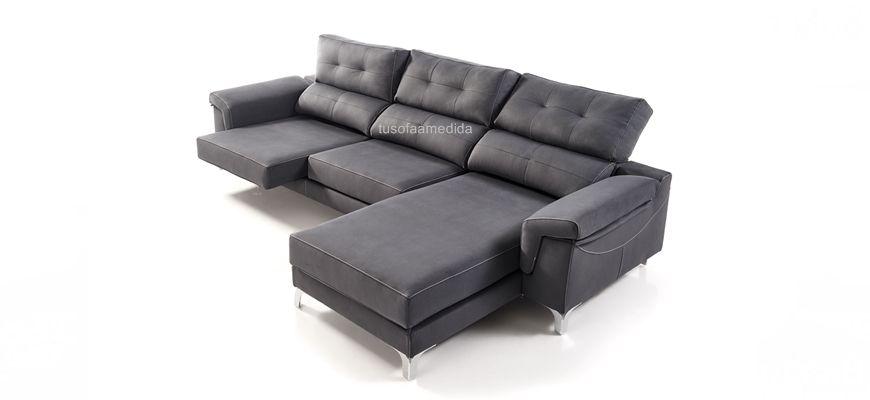 Sofá capaz de adaptarse a los cambios de su hogar gracias a sus brazos desmontables y reversibles, le permitirán poner el chaise longue al lado contrario.