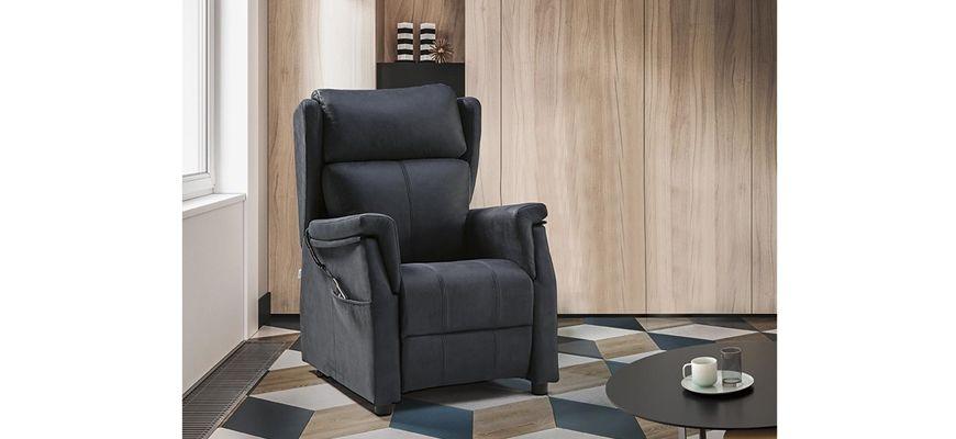 El sillón relax manual de empuje te ofrecerá una gran comodidad y un perfecto descanso en sus 3 posiciones. Su versátil diseño es el complemento perfecto para el sofá cama aperura italiana Alborán